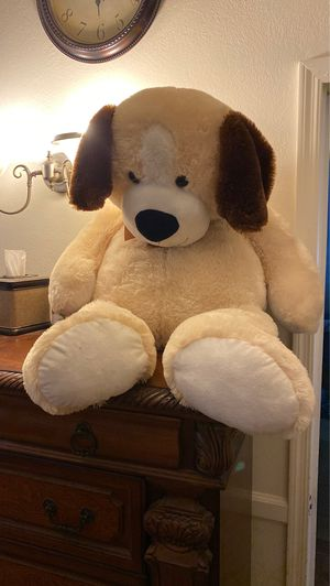 Giant stuffed animal 🧸 toy for Sale in Tucson, AZ