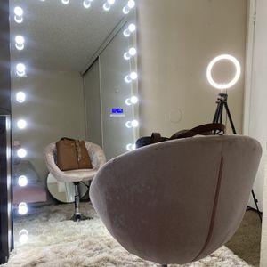 Body Vanity Mirror for Sale in Arlington, TX