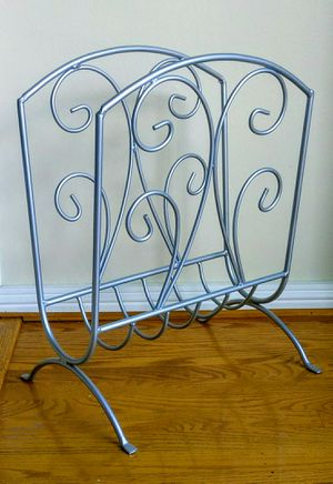 Wrought iron metal wire magazine newspaper rack holder file stand for Sale in San Mateo, CA