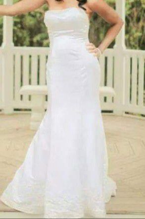 Wedding Dress: Size 6 for Sale in Bridgewater Township, NJ