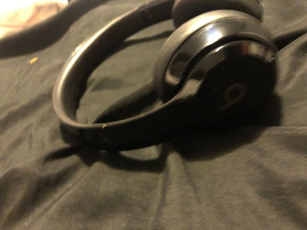 Beats headphones solo 3