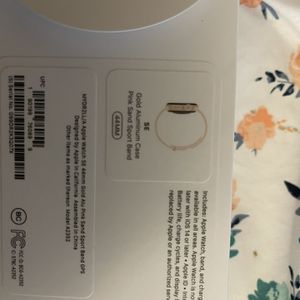 Brand new Never Used Gold Apple watch SE 44MM for Sale in Portland, OR