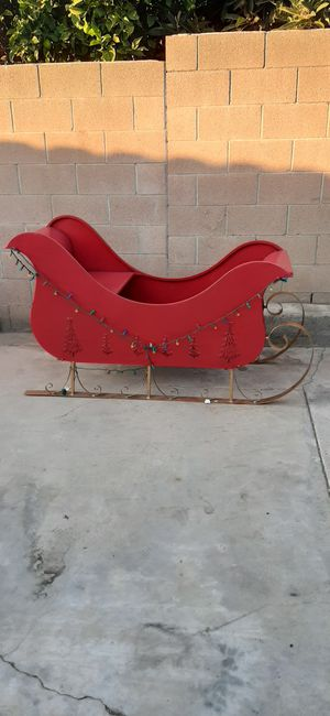 "RED METAL SLEIGH 64""LX31""WX24.5""H for Sale in Ontario, CA"