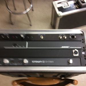 Crown Audio D-75A Rack Mount Amp, With Bose System Controller, In SKB Case for Sale in Orange, CA