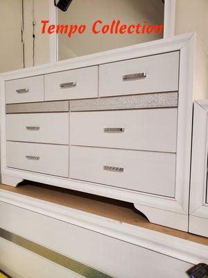 NEW, Miranda Dresser, White, SKU# 205113 for Sale in Santa Ana, CA