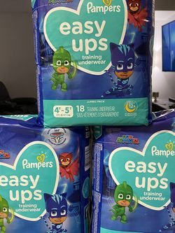 Pampers diapers easy ups size 4T/5T for Sale in Los Angeles,  CA