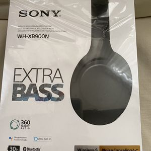 Sony Extra Basss With Noise Canceling Headset for Sale in Norwalk, CA