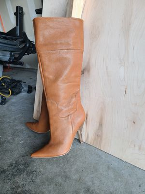 Leather Boots Size 7, but fits like 6.5 for Sale in Mill Creek, WA