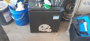 Small mini fridge and freezer for Sale in El Paso, TX