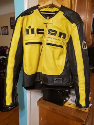 Icon black and yellow leather motorcycle jacket for Sale in Roseville, MI