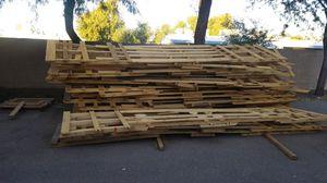 16 foot pallets FREE 20pcs for Sale in Glendale, AZ