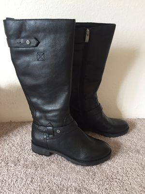 New lady's boots 8.5 for Sale in Santa Clara, CA