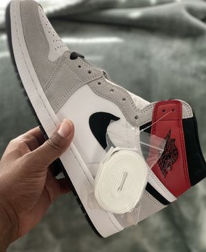 Air Jordan 1 Retro High OG 'Smoke Grey' for Sale in Temecula, CA