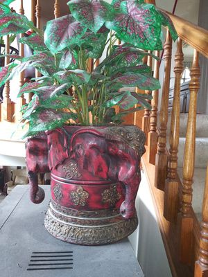 Unique elephant planter with silk plant for Sale in Riverside, CA