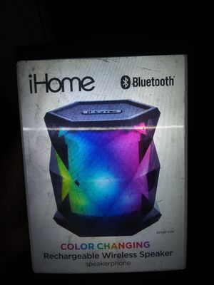 Bluetooth speaker for Sale in Detroit, MI