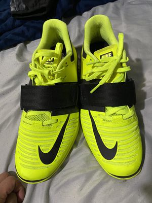 Nike lifting shoes for Sale in Wenatchee, WA