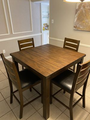 Dining/Kitchen table and chairs for Sale in Plano, TX