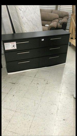Dresser new black for Sale in Miami, FL