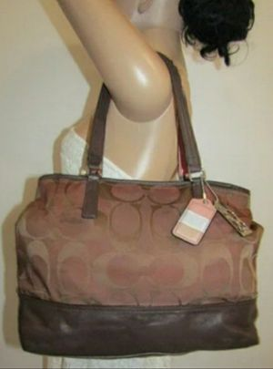 Authentic women's coach tote bag for Sale in Akron, OH