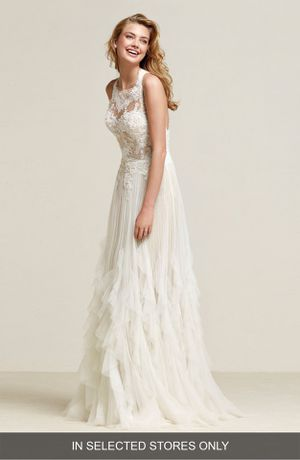 Pronovias Draconia Wedding Dress - Sample for Sale in New York, NY