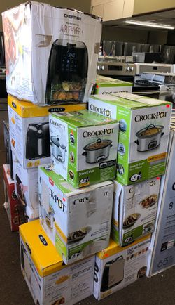 Crock pot slow cooker from for Sale in Garfield,  NJ