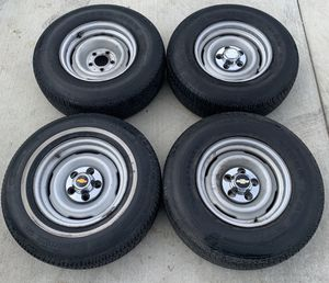 "15"" Chevrolet Silverado C1500 OBS Factory stock steelies and used tires for Sale in Los Angeles, CA"