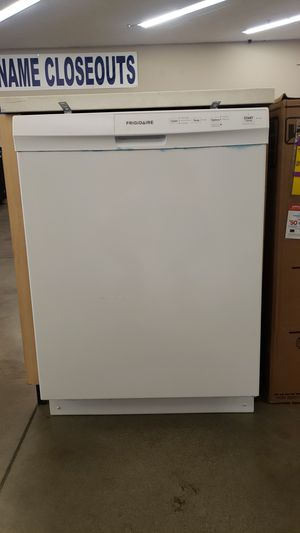 Frigidaire 3 cycle dishwasher for Sale in Corona, CA