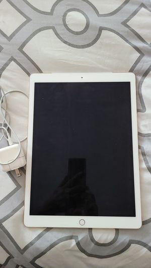 iPad Pro 12.9 1st Gen (2015) for Sale in Avondale, AZ