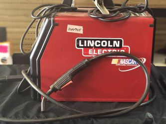 Lincoln Electric Weld-Pak 100 Wire Feed Welder for Sale in Newport News,  VA