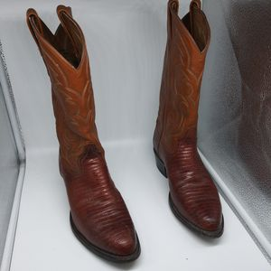 Tony mama boots for Sale in Corydon, IN