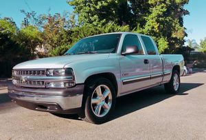 2001 Chevy Silverado Great work truck for Sale in Baltimore, MD