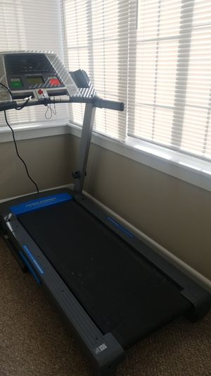 Treadmill Pro-form for Sale in Lawrence, MA