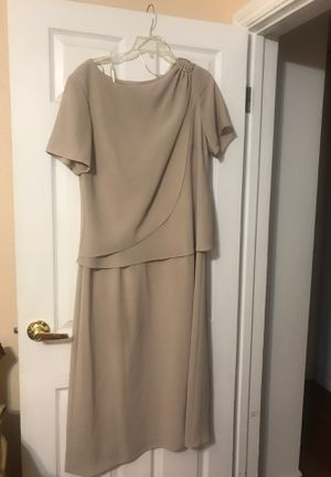 Size 16 long dress for Sale in Cypress, CA