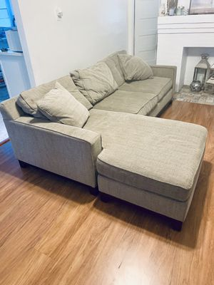 2 piece sectional/sofa for Sale in Los Angeles, CA