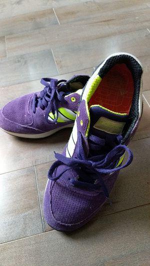 90bbe9c6af08a Adidas sneaker men size 9 for Sale in Kirkland