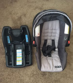 Car seat: $20, Bath tub: $15, Walker: free for Sale in Flowood, MS