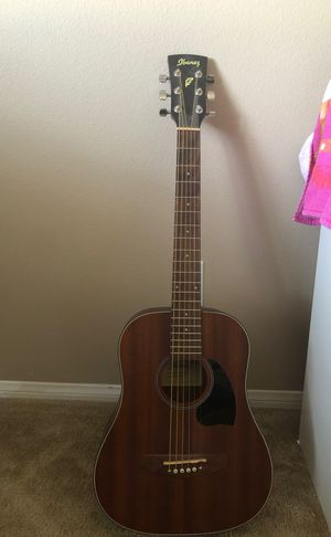 Acoustic guitar for Sale in Wildomar, CA