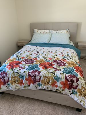 Queen mattress bed and two matching night stands for Sale in Albany, NY