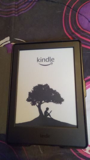 Kindle W/Cover for Sale in Nashville, TN