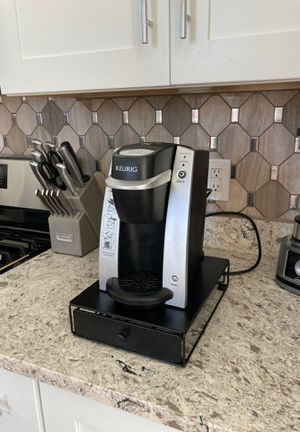 One Cup Keurig Coffee Brewer with Under Cup Holder for Sale in Pittsburgh, PA