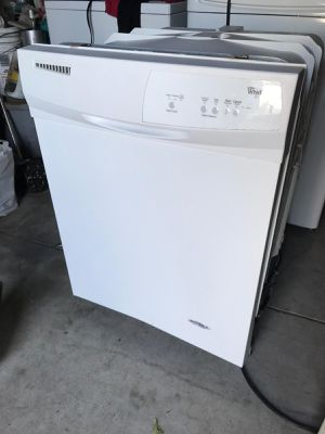 Whirlpool Dishwasher for Sale in Fontana, CA