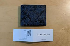 Salvatore Ferragamo Wallet for Sale in Pasco, WA