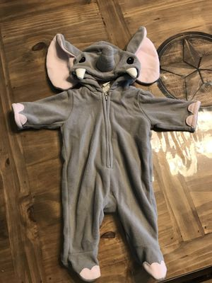 Old Navy Elephant Costume 0-3 month for Sale in Mansfield, TX