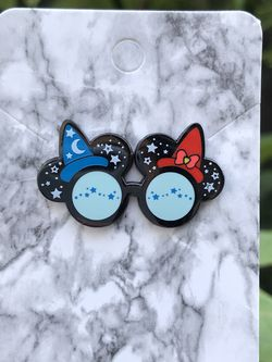 Disney Mickey And Minnie Glasses Ears Pin for Sale in Orange,  CA