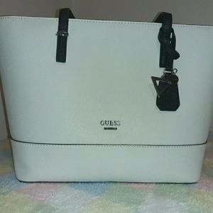 Guess tote Bag for Sale in Lansdale, PA