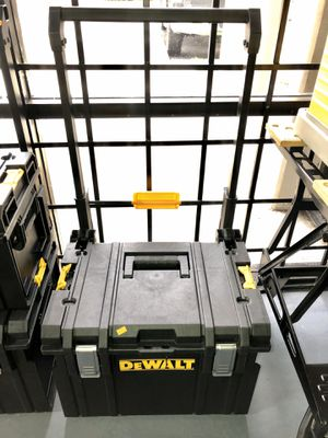 DeWALT Rolling Tool Box for Sale in Garden Grove, CA