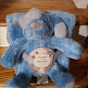 Baby Stuffed Animal With Blanket Brand New for Sale in Wantagh, NY