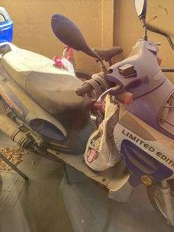 Scooter /Motorcycle For Sale $300..... No title Only Dmv Paperwork for Sale in Las Vegas,  NV