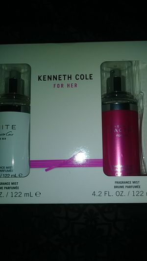 Fragrance Kenneth Cole and Rihanna for Sale in Philadelphia, PA