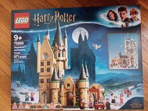 Harry Potter Hogwarts Astronomy Tower lego set!!!! for Sale in Overland, MO
